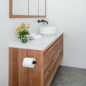 black flat toilet roll holder