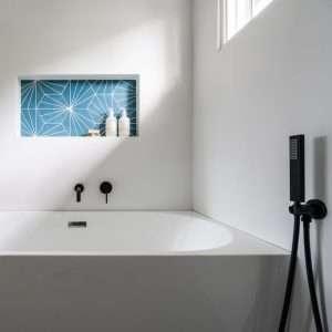 matte-black-hand-shower